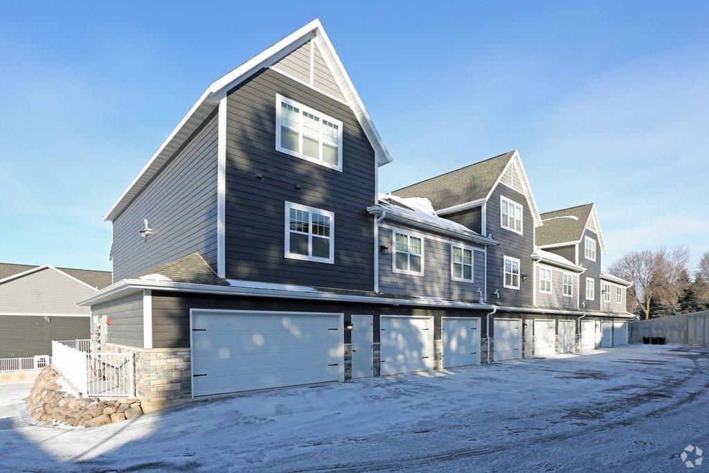 400 W Saint Joseph St, Green Bay, WI 54301