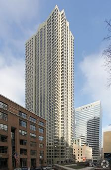 440 N Wabash Ave, Chicago, IL 60611