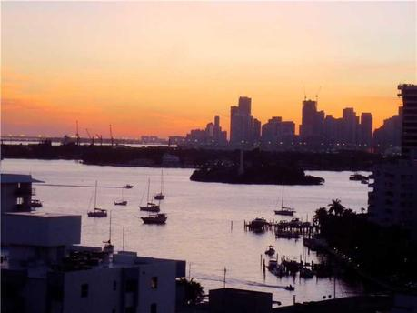 1688 West Ave Ph 8 Miami Beach, FL 33139