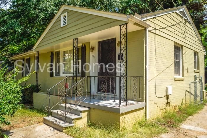 1850 Brewer Blvd SW, Atlanta, GA 30310