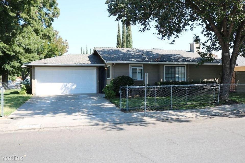 1133 Los Ninos Ct Single Family House For Rent Doorstepscom