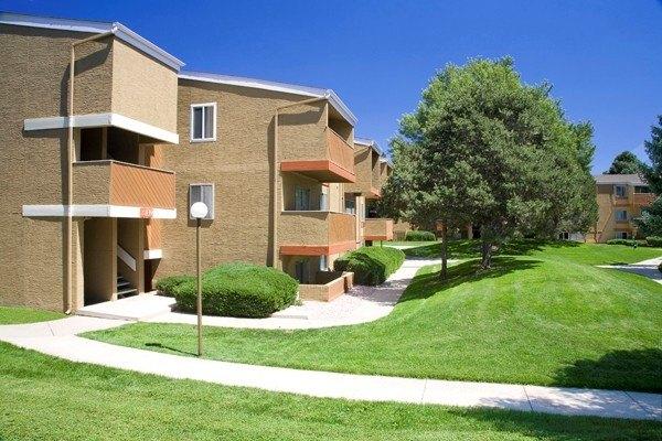 781 Hathaway Dr, Colorado Springs, CO 80915