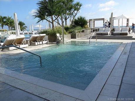 2301 Collins Ave Apt 325 Miami Beach, FL 33139