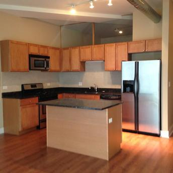 2014 N Milwaukee Ave, Chicago, IL 60647
