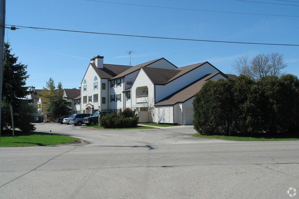 3427 Lakeshore Rd, Sheboygan, WI 53083