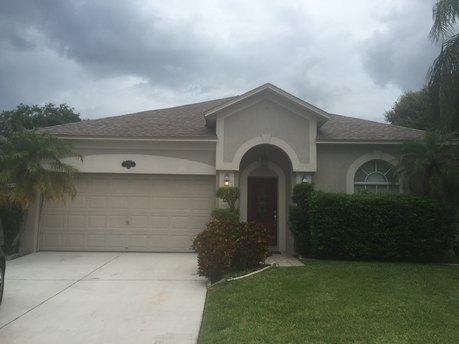 7401 Sade St, Tampa, FL 33615