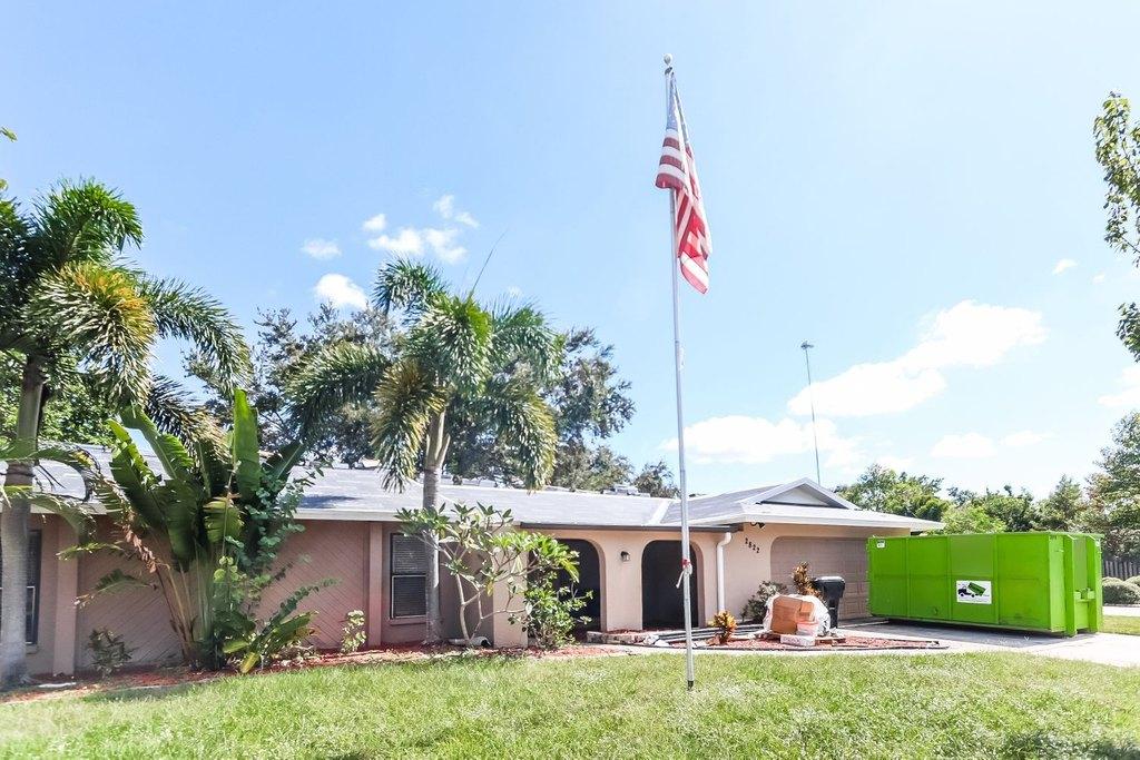 2822 Indianwood Way, Sarasota, FL 34232