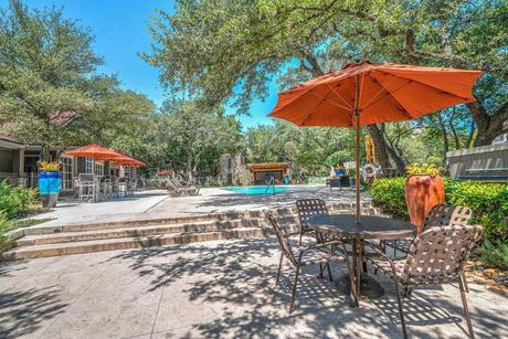 11020 Huebner Oaks Rd, San Antonio, TX 78230