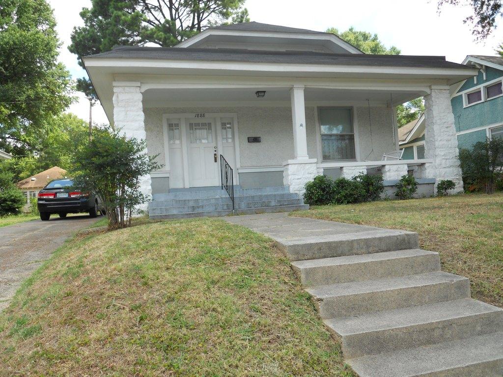 1888 Manila Ave, Memphis, TN 38114