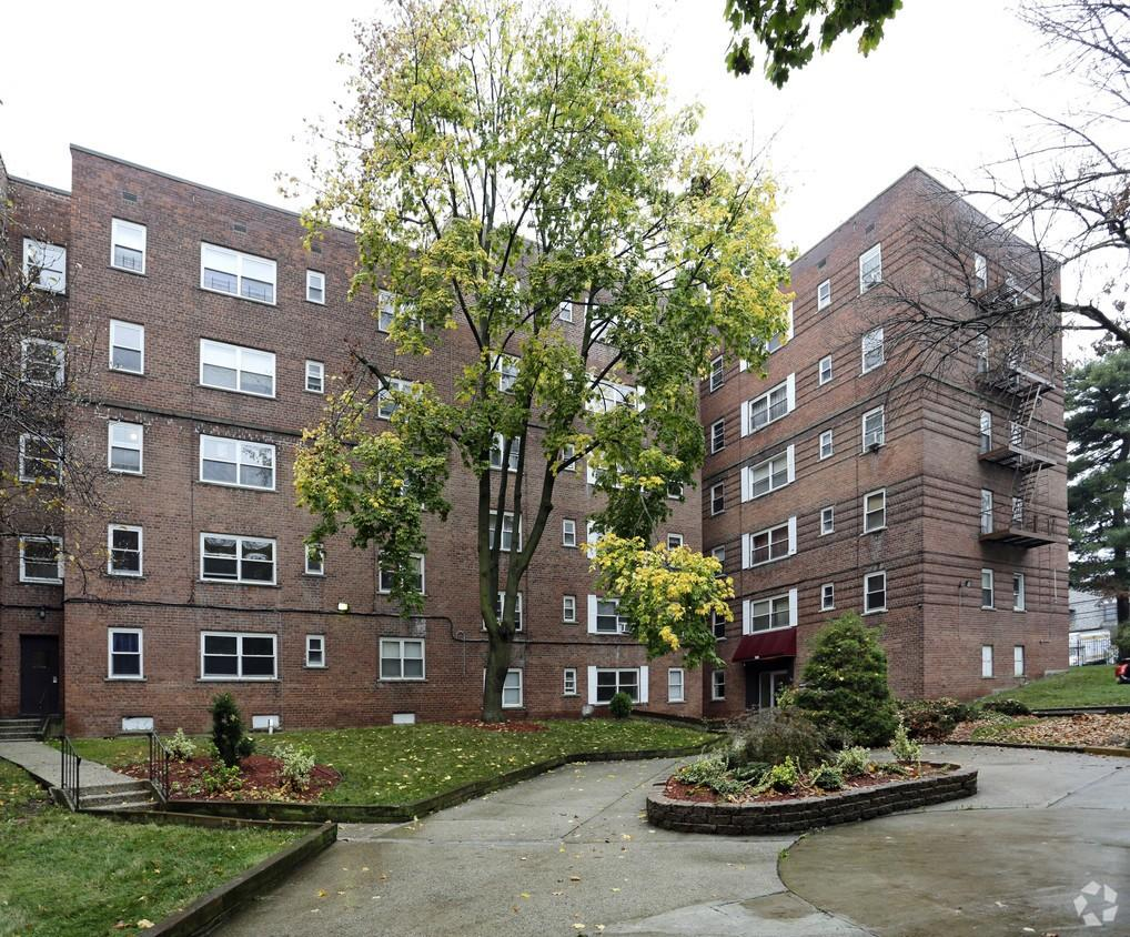 Parkwood Place Apartments 352 376 Mount Prospect Ave Apartment