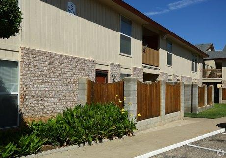 Etonnant Seville Apartments   4641 Oakwood Dr   Apartment For Rent   Doorsteps.com