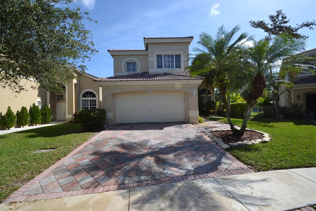 5817 NW 125th Ave, Coral Springs, FL 33076
