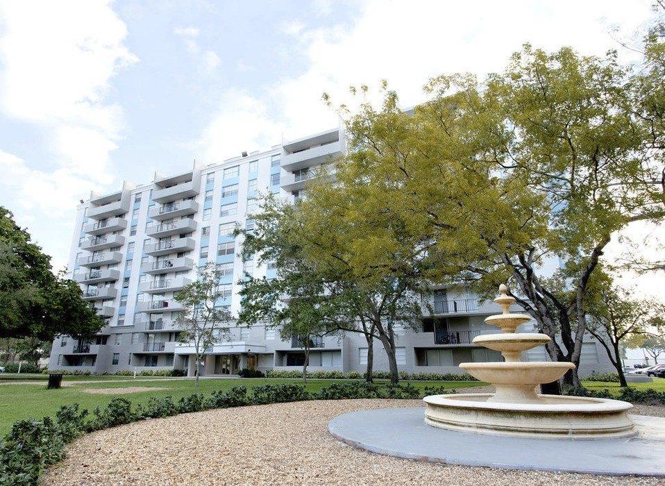 14000 Biscayne Blvd, North Miami, FL 33181