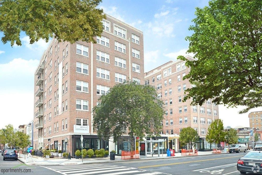 1841 Columbia Rd NW, Washington, DC 20009
