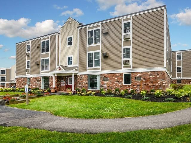 156 Brittany Mnr, Amherst, MA 01002
