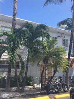 1611 West Ave Apt 10 Miami Beach, FL 33139