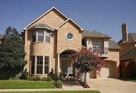 3611 N Versailles Ave, Dallas, TX 75209