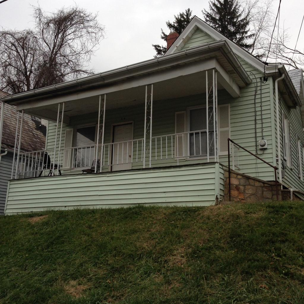 319 View Ave, Fairmont, WV 26554