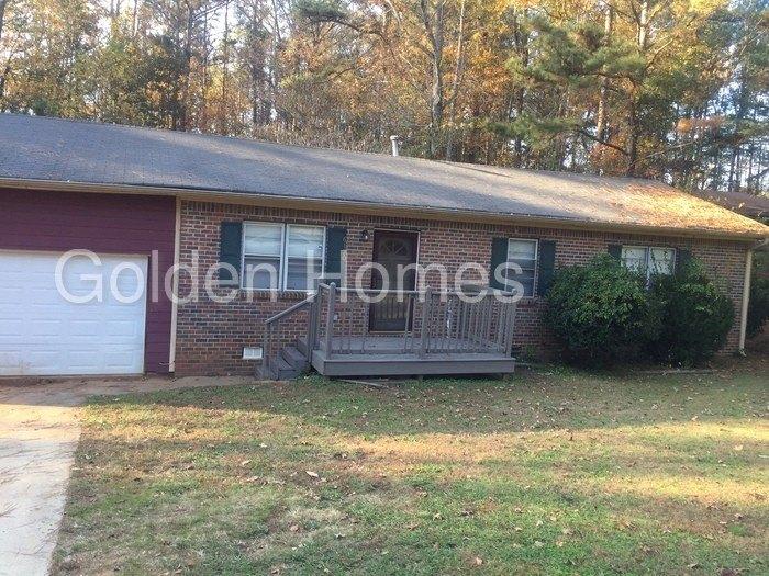 6120 Gwendoline Dr SW, Atlanta, GA 30349