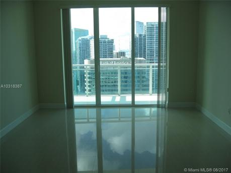 950 Brickell Bay Dr # 48041, Miami, FL 33131