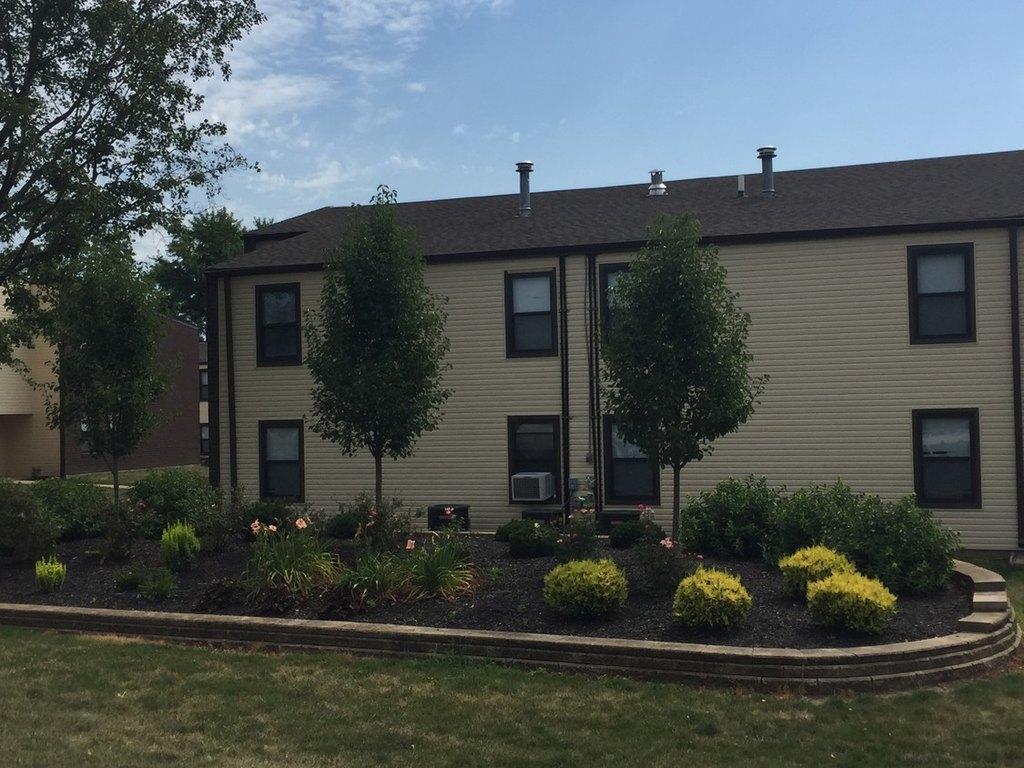 1213 Garden Dr, Danville, IL 61832