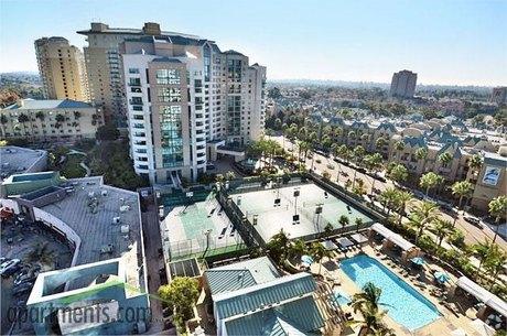 8775 Costa Verde Blvd San Diego, CA 92122