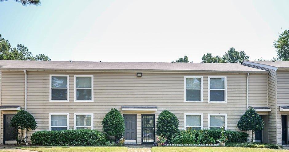 5900 Cedar Forrest Dr, Memphis, TN 38119