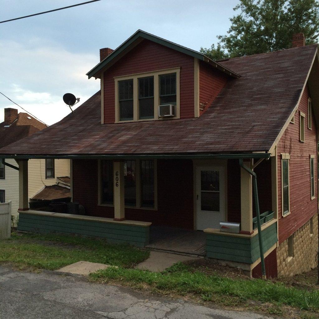 606 View Ave, Fairmont, WV 26554