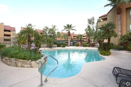 8330 N 19th Ave Phoenix, AZ 85021