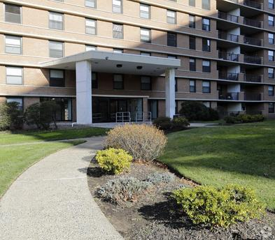 Apartments houses for rent in bloomfield nj 52 listings for Brookdale gardens bloomfield nj