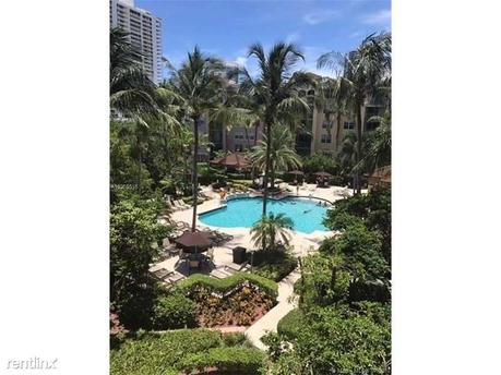 19999 E Country Club Dr # 1307A, Aventura, FL 33180