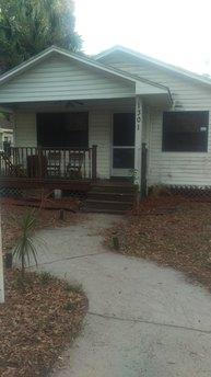 1301 E Cayuga St, Tampa, FL 33603