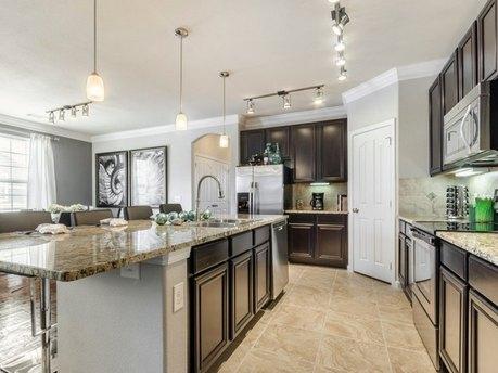 5565 Mansions Bluffs Rnch, San Antonio, TX 78245