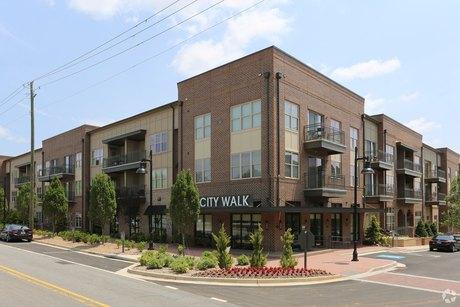 3000 Forrest Walk Roswell, GA 30075