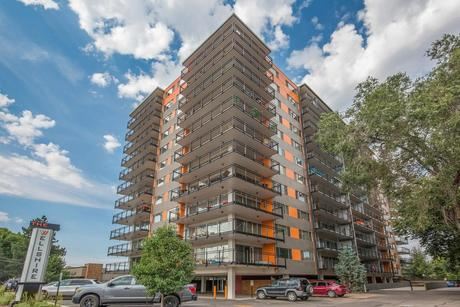 2499 S Colorado Blvd, Denver, CO 80222