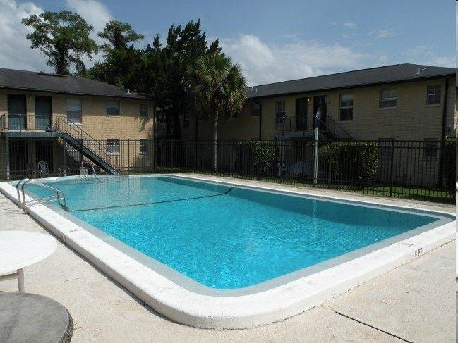 7514 Hogan Rd, Jacksonville, FL 32216