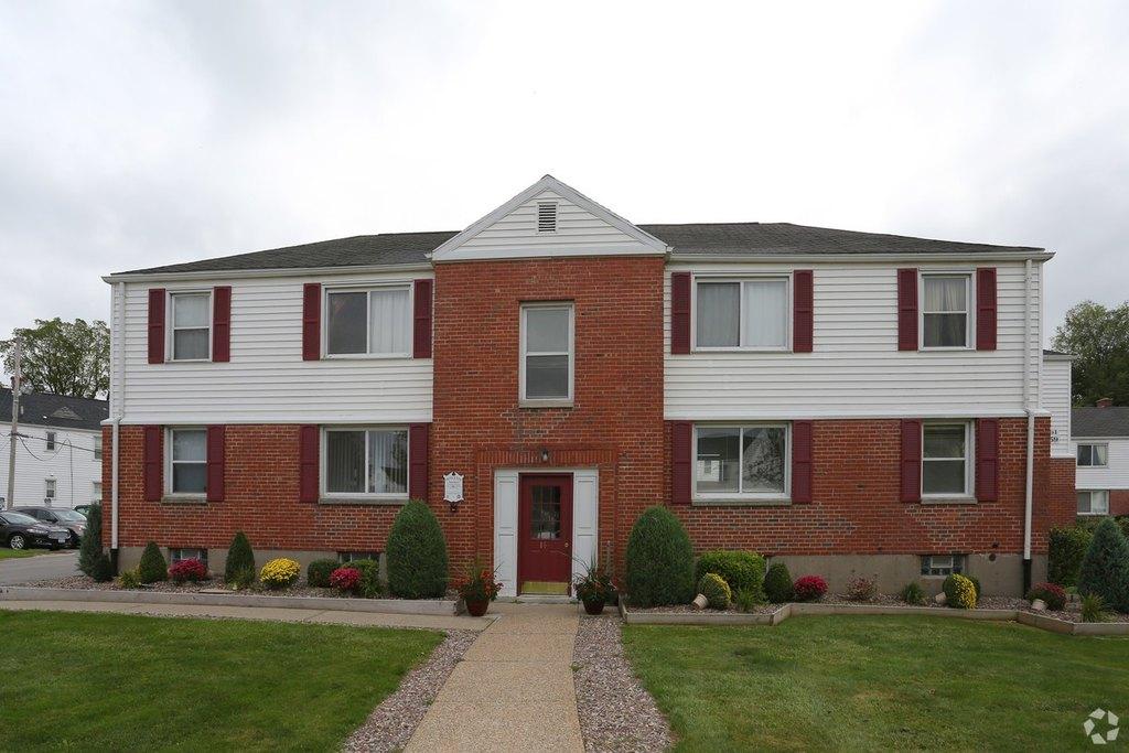 165 Princeton Ave, Amherst, NY 14226