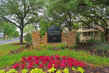 1431 Cable Ranch Rd San Antonio, TX 78245