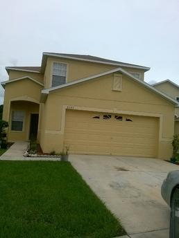 8043 Canterbury Lake Blvd Tampa, FL 33619