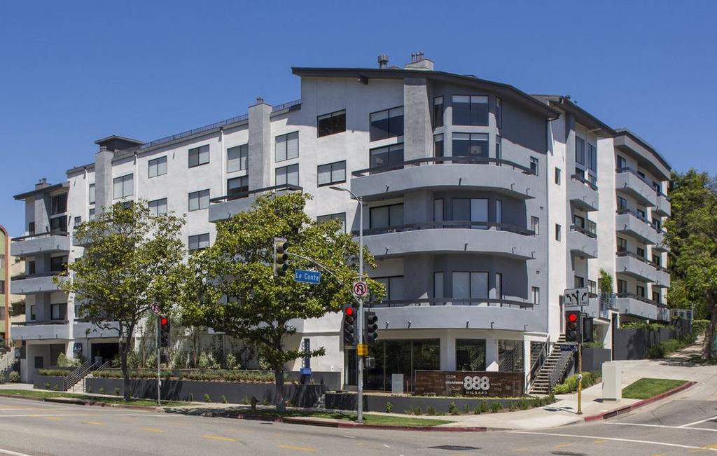 888 hilgard furnished living 888 hilgard ave apartment for Short term stay los angeles
