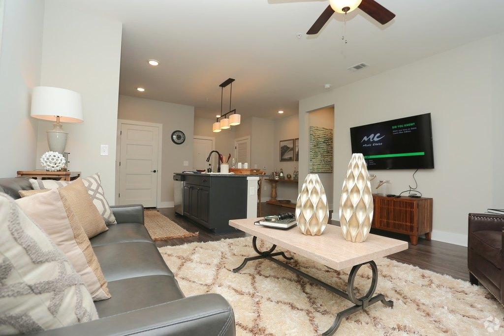 222 Colonial Homes Dr NW, Atlanta, GA 30309