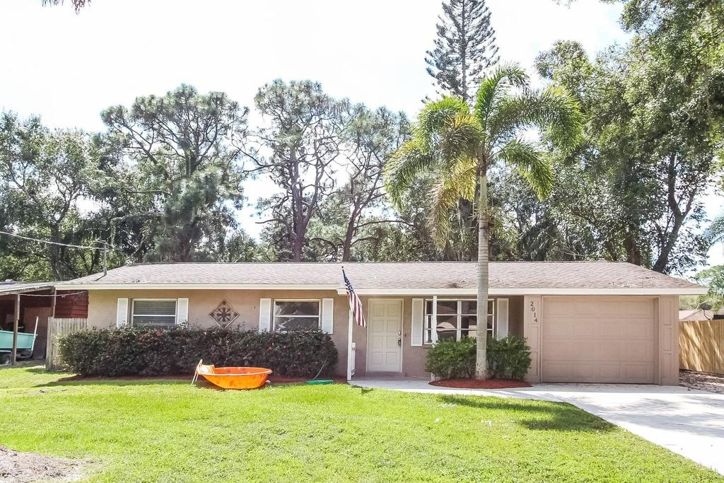 2014 Cambridge Dr, Sarasota, FL 34232