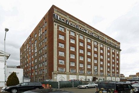 70 W Alexandrine St Detroit, MI 48201