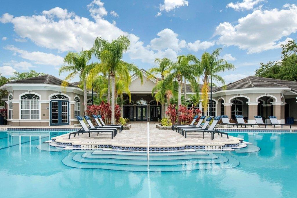 2600 W Grand Reserve Cir, Clearwater, FL 33759