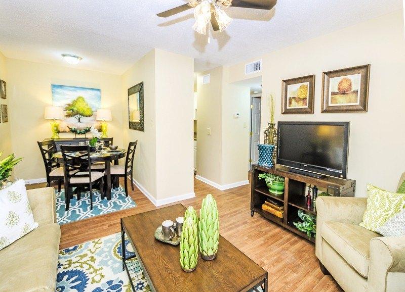 Autumn Woods | 101 Foreman Rd | Apartment for Rent | Doorsteps.com