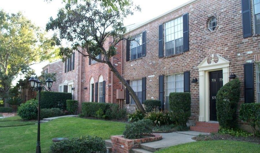 1950 Winrock Blvd, Houston, TX 77057