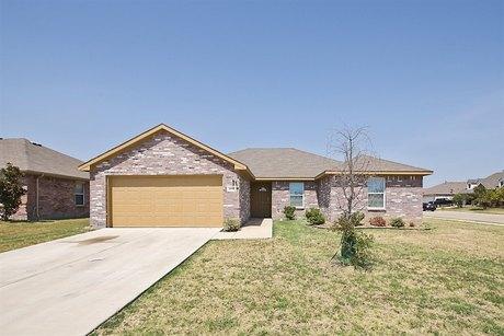 15617 Gatsby Ln, Dallas, TX 75253