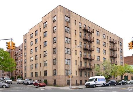 250 Bedford Park Blvd Bronx, NY 10458