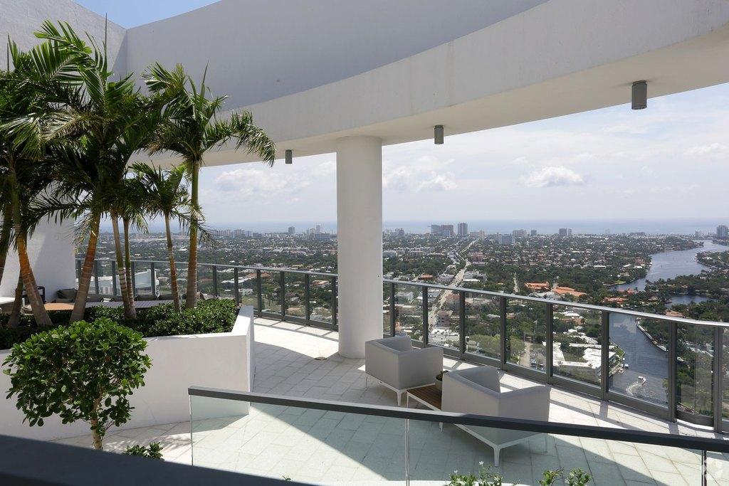 500 E Las Olas Blvd, Fort Lauderdale, FL 33301