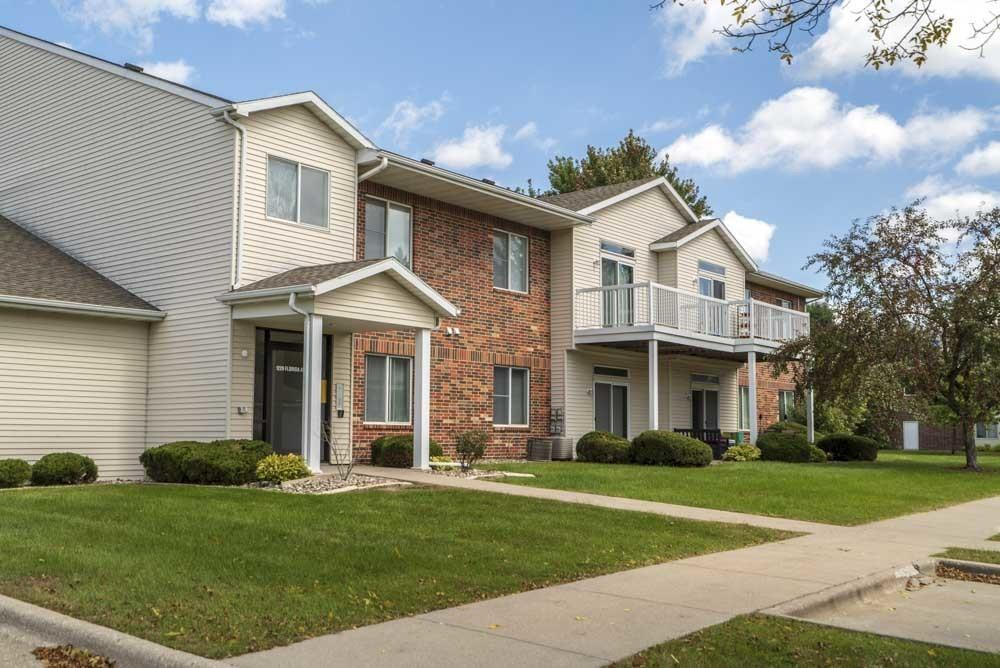 Apartments Houses For Rent In Ames IA Listings - University west apartments ames